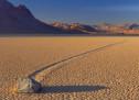 Камни, которые «гуляют» сами по себе. Долина Смерти, США