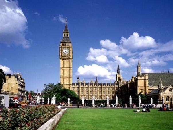 Оплачиваемая-стажировка-в-Великобритании-или-США
