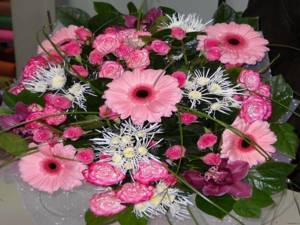 Букет-цветов-с-доставкой